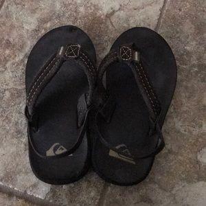 Toddler quicksilver brown flip flop sandals size 6